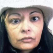 AKO JE PREPOZNAJETE JAVITE SE POLICIJI Ukoliko ste iznajmili stan od ove žene, verovatno ste PREVARENI
