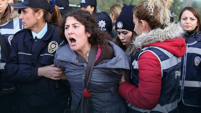 TURKEY-POLITICS-DEMO-WOMEN