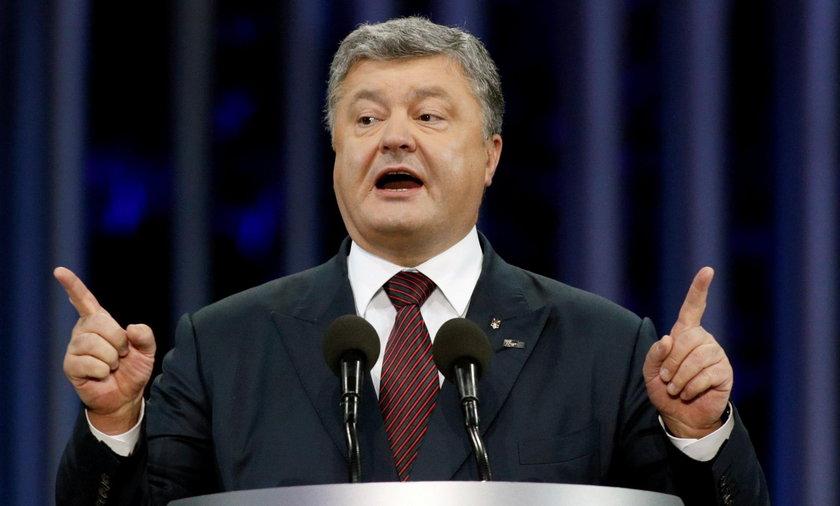 Ukraiński prezydent Petro Poroszenko zadeklarował, że Ukraina jest gotowa wypełnić zobowiązanie do przerwania ognia oraz inne zobowiązania ustalone w Mińsku.