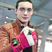 Još kao maturant Nikola je osmislio specijalnu rukavicu za slepe, sa 18 je osnovao kompaniju, a sada njegov IZUM OSVAJA SVET