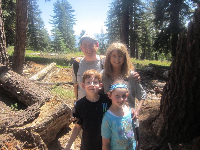 40 letnia Lisa Goodman-Helfand z rodziną