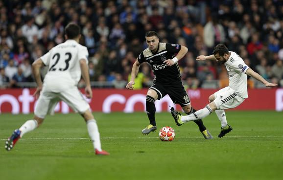 Dušan Tadić na meču sa Real Madridom