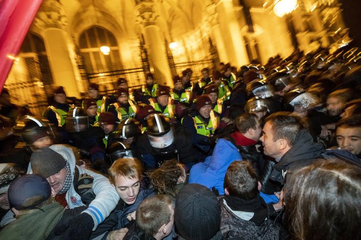 Budimpešta protest Mađarska demonstracije EPA Balazs Mohai