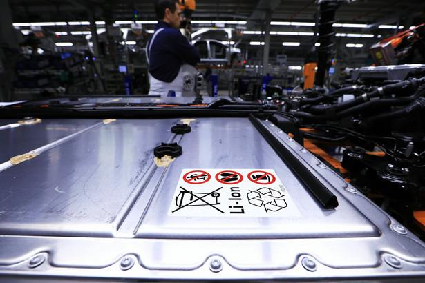 Akumulator litowo-jonowy w podwoziu Volkswagena ID.3 w fabryce Zwickau w Niemczech. 25.02.2020