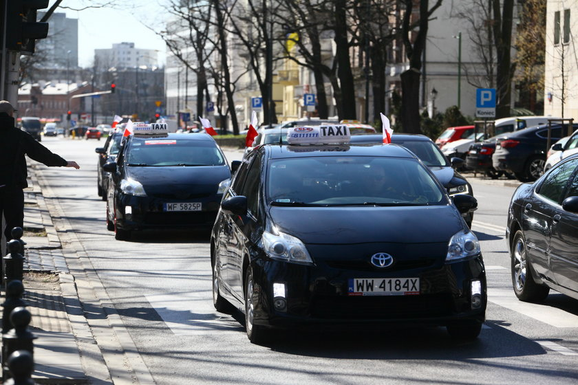 Taksówkarze nie chcąliberalizacji przepisów