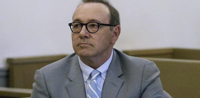Kevin Spacey stawił się w sądzie. Przyznał się do molestowania 18-latka?