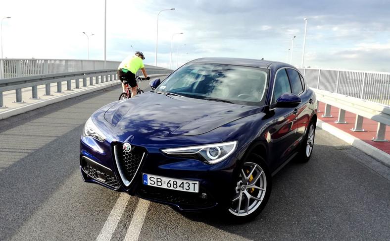Alfa Romeo Stelvio do 25 sierpnia kosztuje do 51,5 tys. zł mniej, a piękna Giulia to rabat sięgający 64 tys. zł. Upust przy zakupie Giulietty może wynosić 29 tys. zł