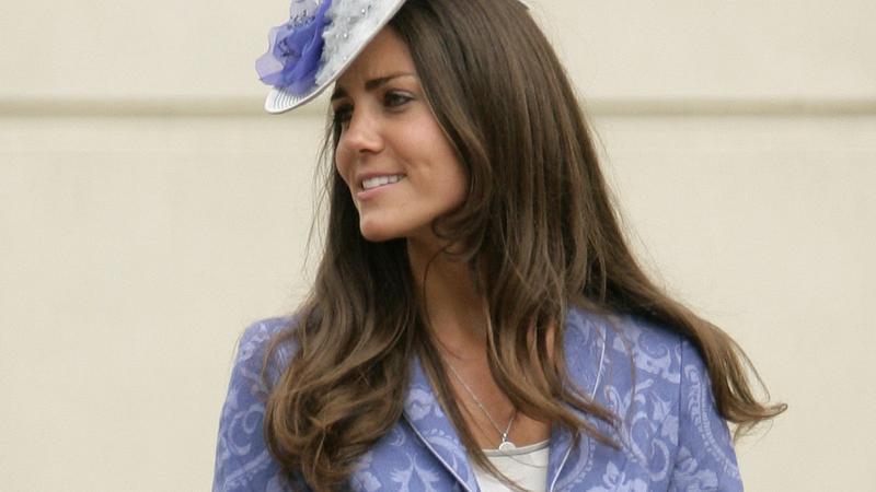 Top 10 nakryć głowy Kate Middleton