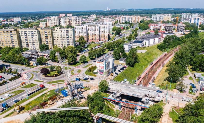 Rozbiórka wiaduktu w Tychach przy ulicy Grota-Roweckiego.