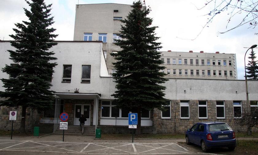 Pacjent wyskoczył z okna szpitala powiatowego w Zakopanem