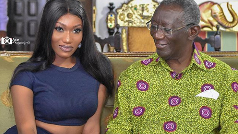 Wendy Shay and ex-president John Kufuor (Photo Credit: Ace Photography/Instagram @wendyshayofficial)