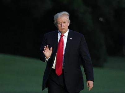 Donald Trump jest znany ze swojej intensywnej aktywności na Twitterze