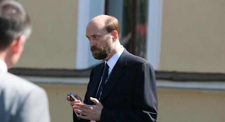 Tycoon Pugachev says has plan to freeze Russian assets