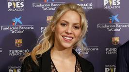 """Shakira w sukni z sesji dla """"Vanity Fair"""" na ślubie Messiego"""