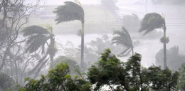 Potężny cyklon Debbie uderzył u wybrzeży Australii