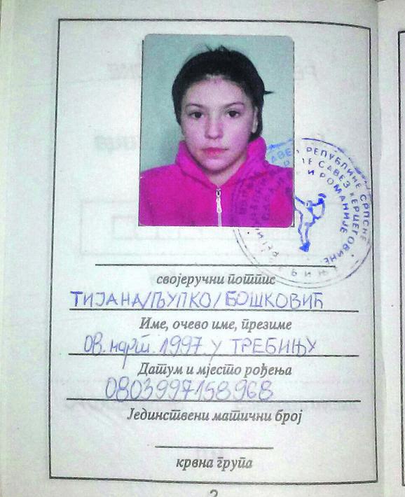 Članska karta Tijane Bošković kao mlade karatiskinje