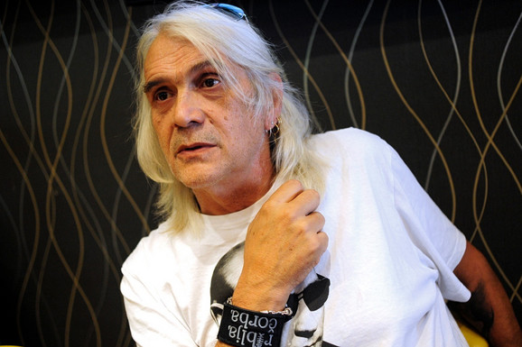 BORA ĐORĐEVIĆ TEŠKO BOLESTAN Čuveni pevač otkazao sve nastupe