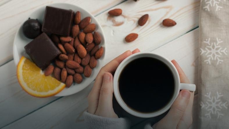 Migdały wraz z czekoladą obniżają poziom złego cholesterolu