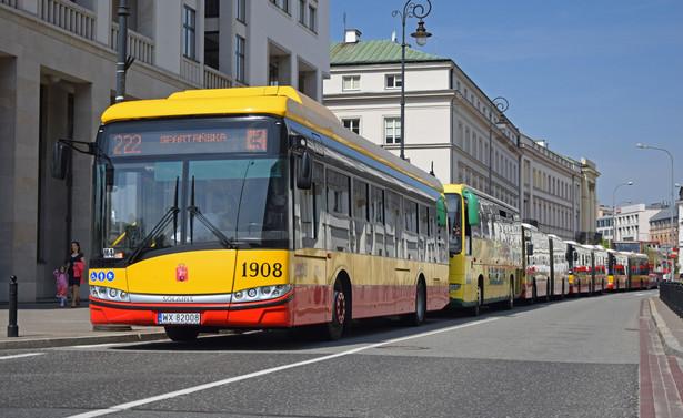 Więcej konkretów można znaleźć w sprawozdaniu finansowym. Wyniki tłumaczone są głównie przekształceniami po przejęciu spółki przez Hiszpanów i związanym z tym wycofaniem się z produkcji tramwajów.