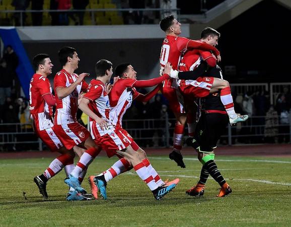 Slavlje fudbalera Crvene zvezda u Tiraspolju
