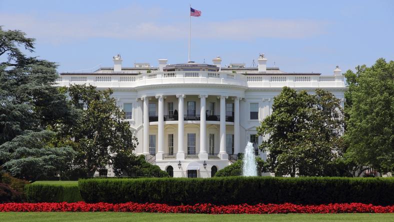 Biały Dom ignorował doniesienia FBI