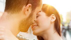 Co twój pocałunek mówi o twoim związku