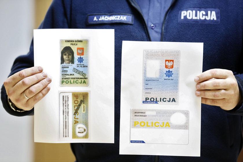 Nowe legitymacje dla policji