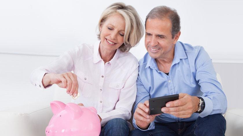 Oszczędzanie pieniędzy najlepsze i łatwe sposoby