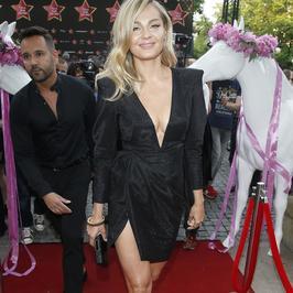 Wielka Gala Gwiazd Plejady 2017: Małgorzata Socha w seksownej stylizacji. Aktorka postawiła na bardzo odważną kreację