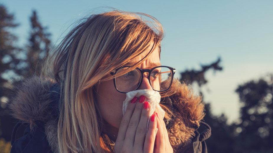 Alergicy mniej podatni na zakażenie i ciężki przebieg COVID-19