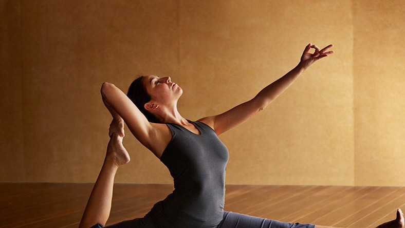 What's Better: Slow Yoga Or Fast Yoga?