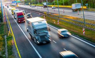 Brytyjski rząd rozważa testowanie na obecność wirusa kierowców ciężarówek