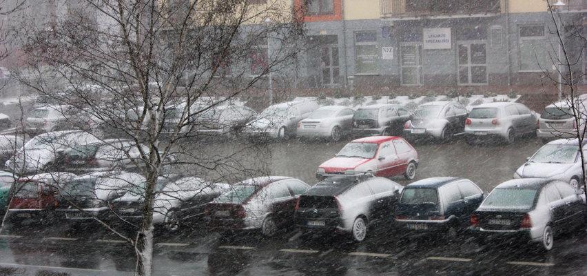 Dziś będzie pochmurno, zimno i deszczowo. Możemy spodziewać się nawet śniegu!