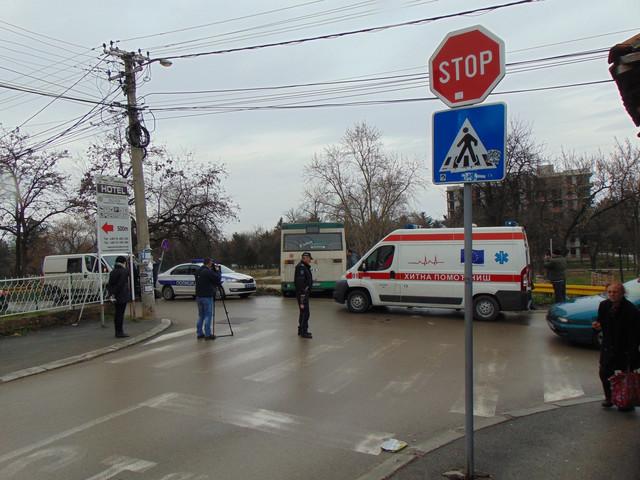 Autobus sleteo sa kolovoza u Durmitorskoj ulici