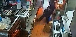 Pracownica baru wpadła do wrzącego oleju
