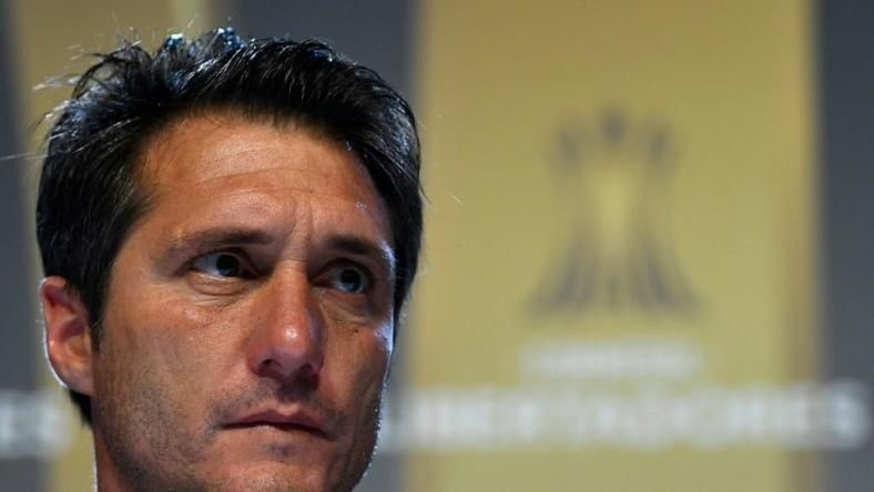 "Boca Juniors coach Guillermo Barros Schelotto says Argentinian football ""never learns"""