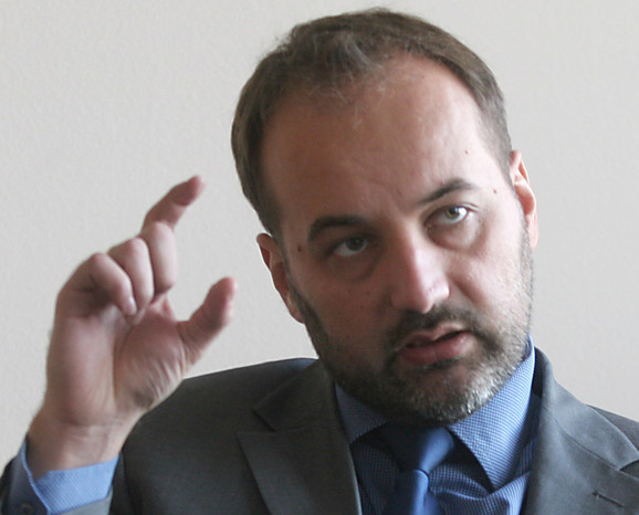Saša Janković, zaštitnik građana, pre tri nedelje je parlamentu i Vladi predočio poražavajući ishod kontrole organa javne vlasti