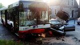 Wypadek autobusu miejskiego. Jest wielu rannych