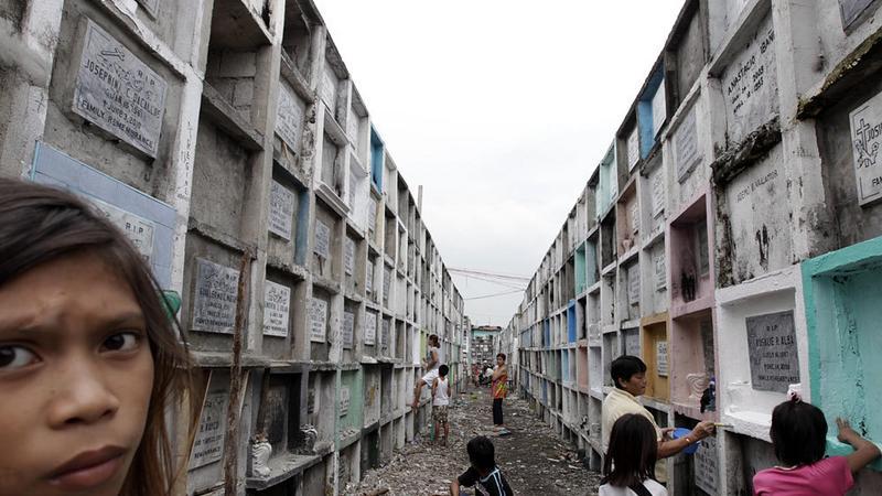 Filipiny - Manila - mieszkając z umarłymi