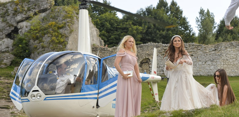 """Gwiazda """"Barw szczęścia"""" wzięła ślub. Na uroczystość przyleciała z Basią Kurdej-Szatan helikopterem! [ZDJĘCIA]"""
