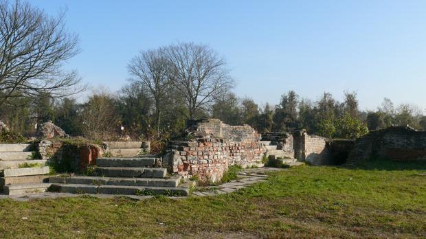 Ruiny starego Kostrzyna nad Odrą
