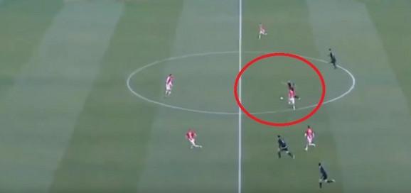 Mesto sa kog je Luka Stojanović dao gol Milanu Borjanu na meču Crvena zvezda - Čukarički