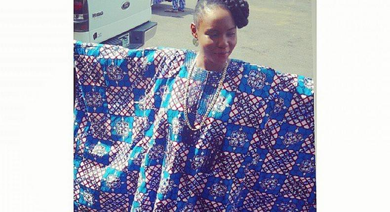 Yemi Alade at her dad's funeral
