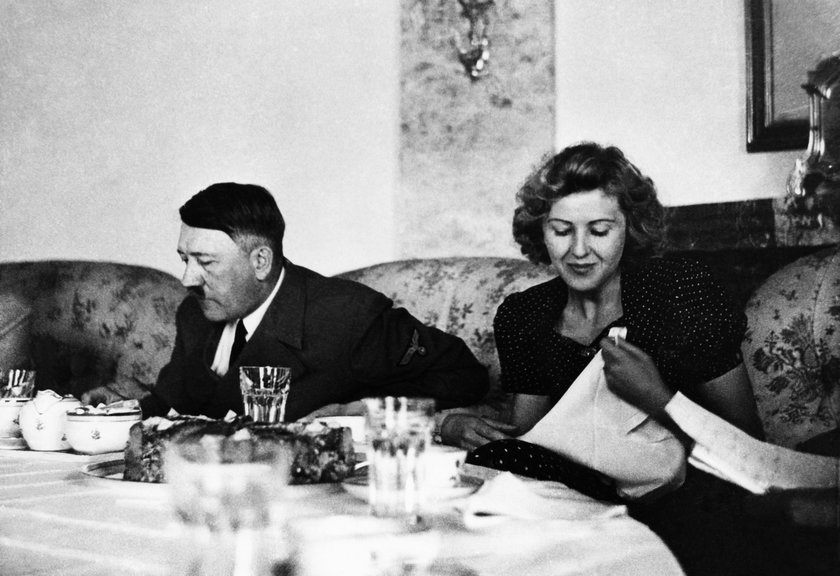 Samobójstwo Adolfa Hitlera