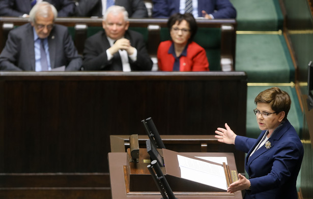 Premier Beata Szydło przedstawia informację o wynikach audytu rządów PO-PSL