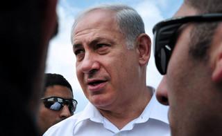 """""""Szczepionkowa dyplomacja"""" ratunkiem dla Netanjahu"""
