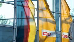 Szykuje się wyborczy thriller w Niemczech. Chadecy mocno finiszują [SONDAŻ]