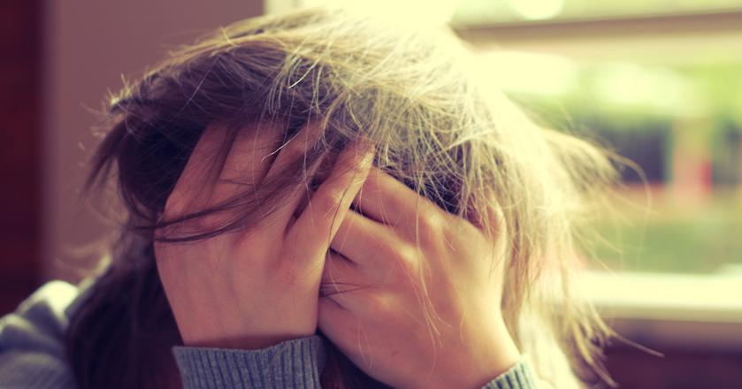 Chroniczny stres powoduje uszkodzenia w korze przedczołowej. Można im przeciwdziałać dzięki ćwiczeniom, medytacji i... spaniu