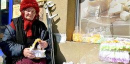 90-latka z Radomia sprzedawała serwetki na targu, dostała mandat. Poruszający gest internautów