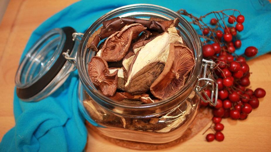 Aby grzyby zachowały smak muszą być przechowywane prawidłowo - halibaba/pixabay.com